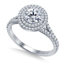 B2C Jewels Halo diamond engagement ring