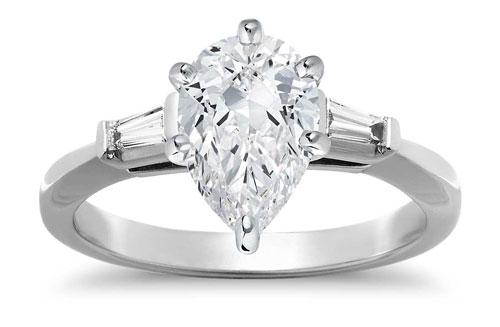 pear diamond three stone ring