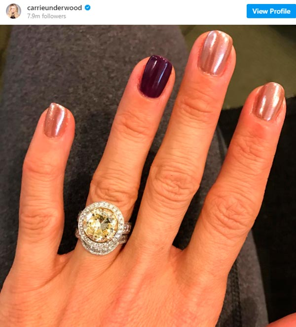 Carrie Underwoods Engagement Ring Close Up