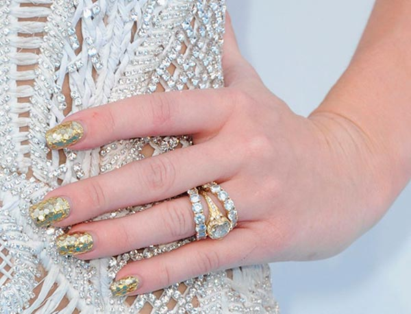 Miley Cyrus Engagement Ring Side View