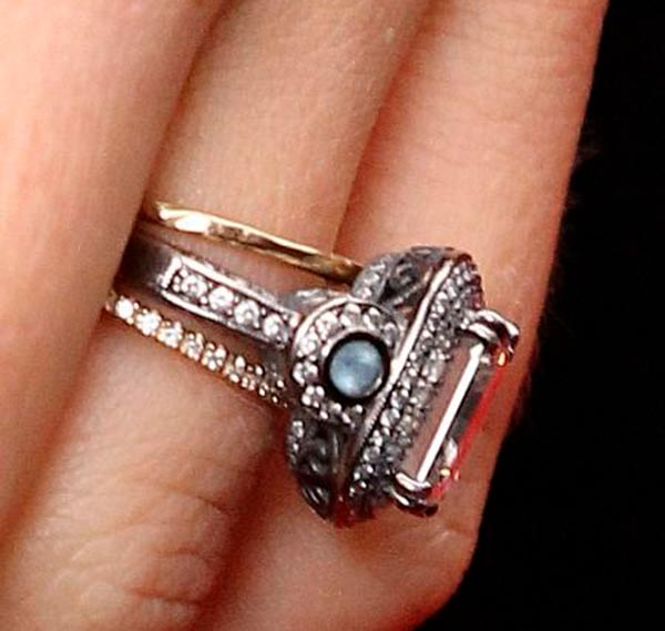 Jessica Biels Engagement Ring Side View