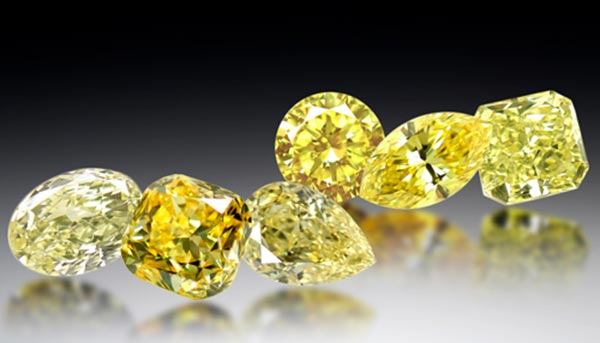 Carrie Underwoods Engagement Ring Yellow Diamonds