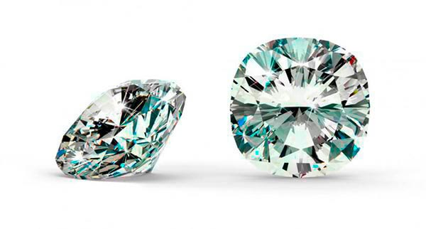 Hilary Duffs Engagement Ring Cushion Cut